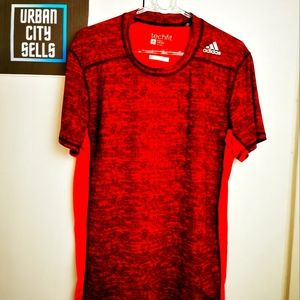 Adidas Tees Mens Size Small Techfit Red Black Sports Active Brand
